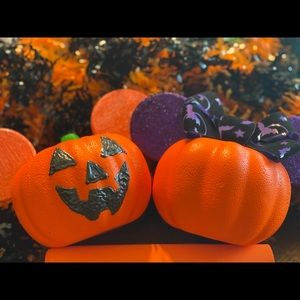 Mickey & Minnie pumpkin